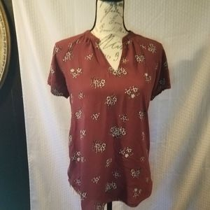 Old navy cranberry colored short sleeve